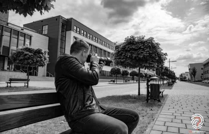 Jak zostać dobrym prywatnym detektywem aparat obiektyw